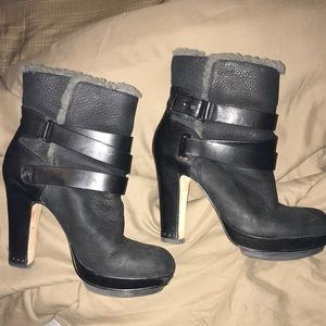 Bcbg maxazria fur lined ankle boots 37